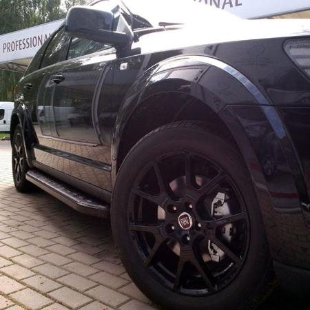 01655923 Stopnie boczne, czarne - Kia Sportage 2004-2009 (długość: 171 cm)