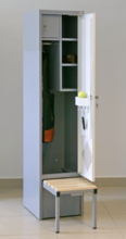 99552435 Szafa ubraniowa do obiektów sportowych, wysuwana podstawa 1 drzwi (wymiary: 1800x400x490 mm)