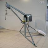 DOSTAWA GRATIS! 55564733 Wciągarka budowlana elektryczna, obrotowa, w komplecie z podstawą + zdalne sterowanie kasetą (udźwig: 500 kg, długość liny: 60m)
