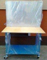 DOSTAWA GRATIS! 77156974 Stół mobilny na kółkach z tablicą narzędziową (wymiary: 1200x600x900 mm)