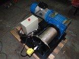 28870066 Elektryczna wciągarka z liną o średnicy 10mm (długość liny: 30m, siła uciągu: 1100/1300 kg, moc: 4kW 400V)