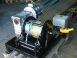 DOSTAWA GRATIS! 28870082 Elektryczna wciągarka z liną o średnicy 8mm (długość liny: 85m, siła uciągu: 1600 kg, moc: 5,5kW 400V)